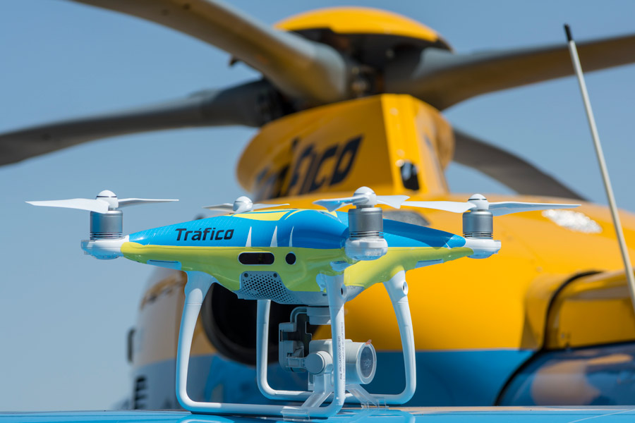 Drones de la DGT para el Puente de Mayo.