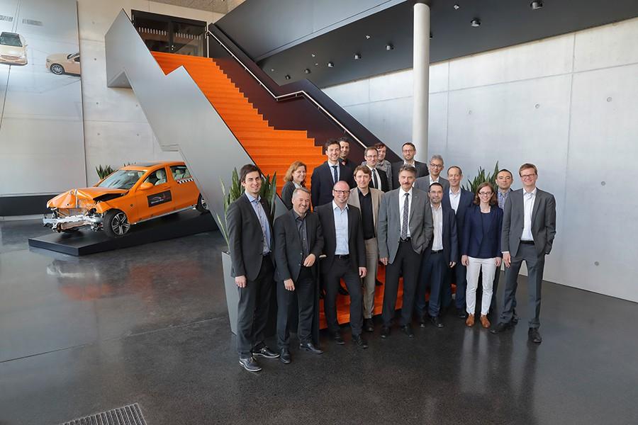 Daimler emplea rayos X para investigar los crash test