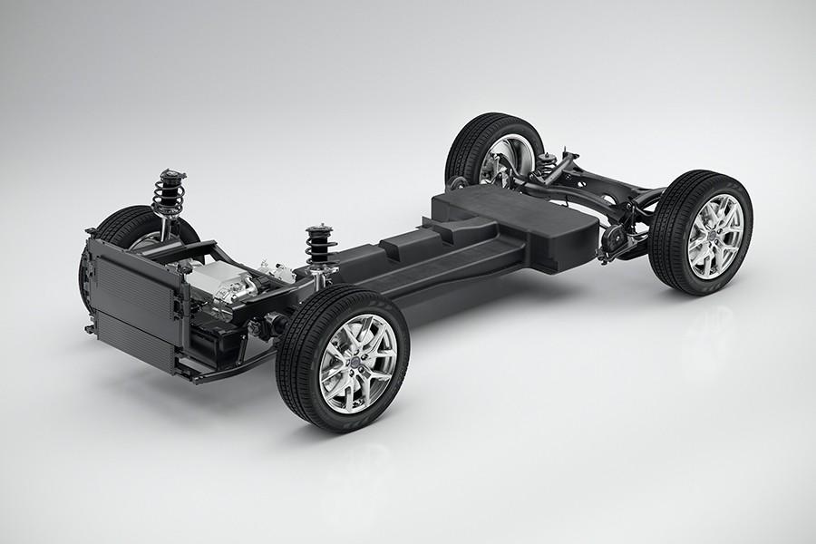 Las baterías ocupan el suelo del coche.