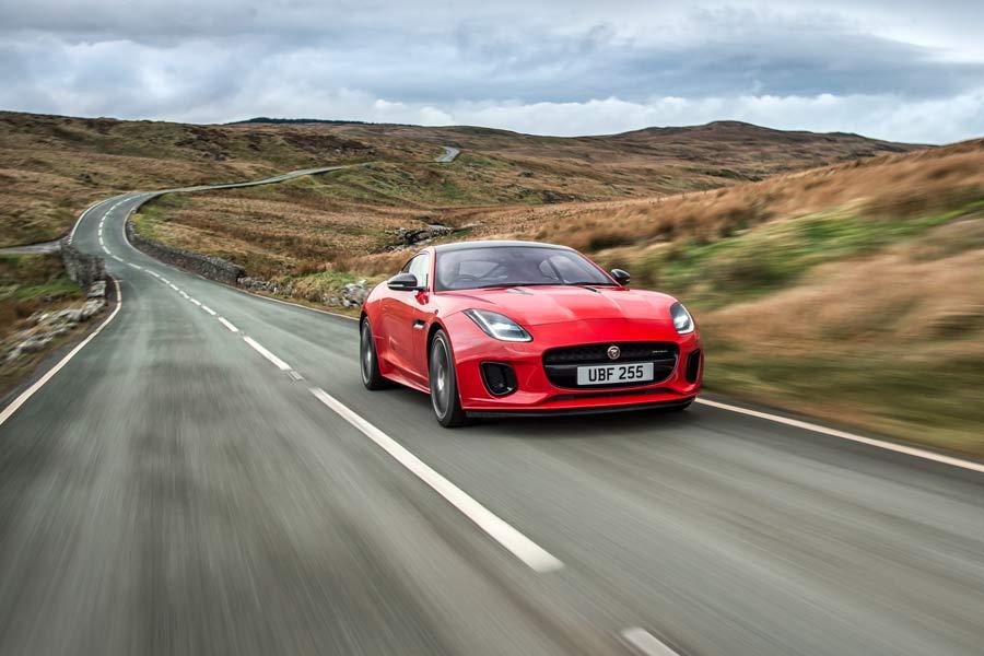 Nuevo motor de cuatro cilindros para el Jaguar F-Type 2017