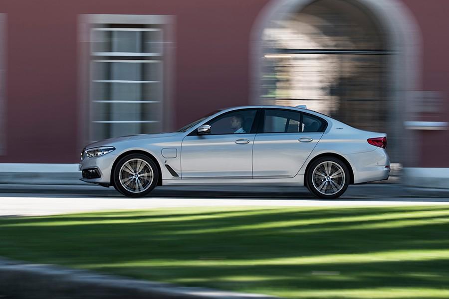 Nuevo BMW 530e iPerformance híbrido enchufable