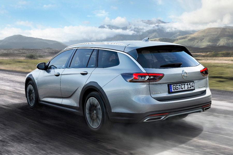 El Opel Insignia Country Tourer 2017 tiene detalles que lo hacen más robusto en su faceta crossover.