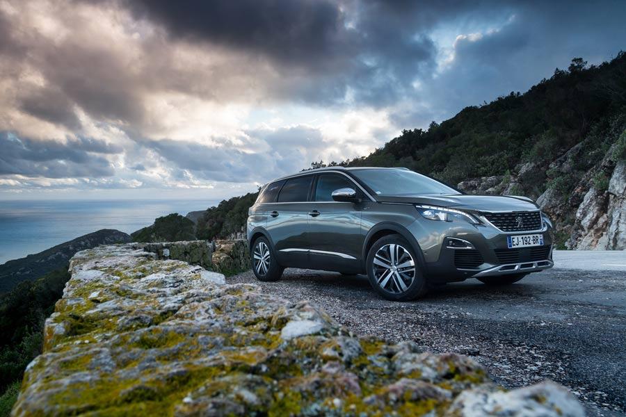 Nuevo Peugeot 5008, el más grande de la manada ya tiene precio