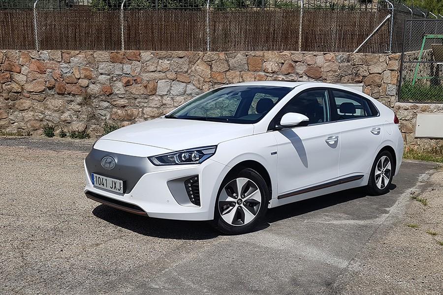 Primera prueba del Hyundai Ioniq eléctrico 2017