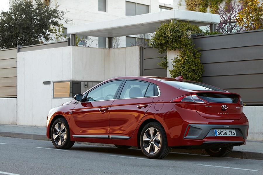 Hyundai lanzará en breve la tercera versión del Ioniq, el híbrido enchufable.