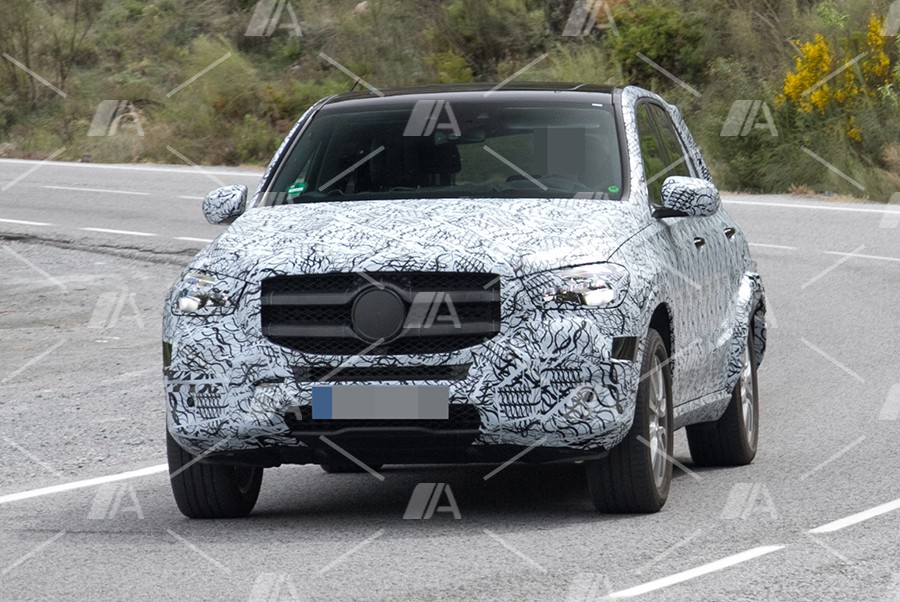 Nuevas fotos espía del futuro Mercedes GLE 2018