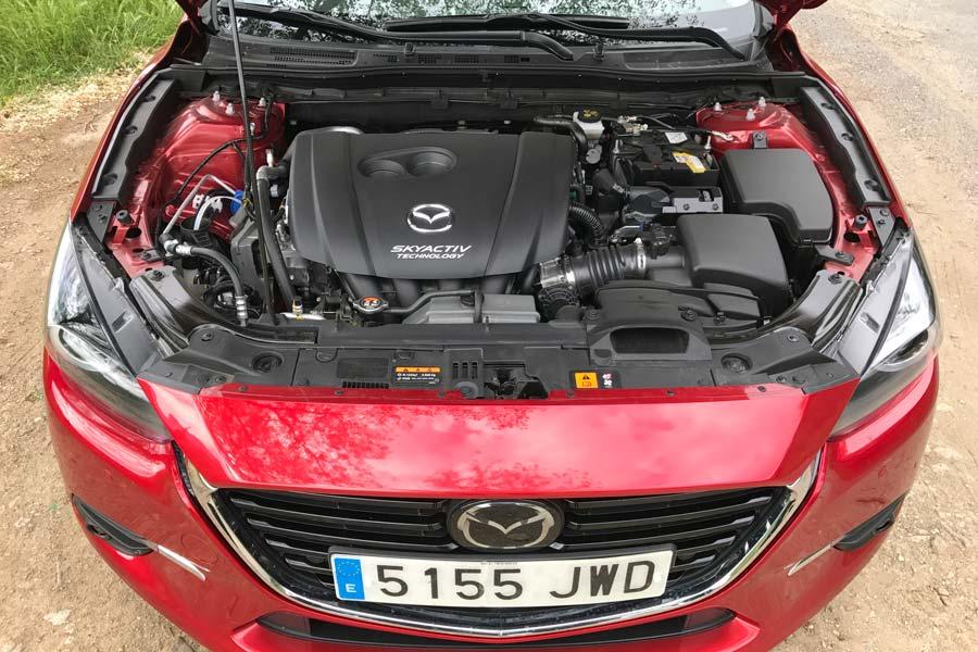El motor de esta versión es el 2.0 gasolina de 120 CV.
