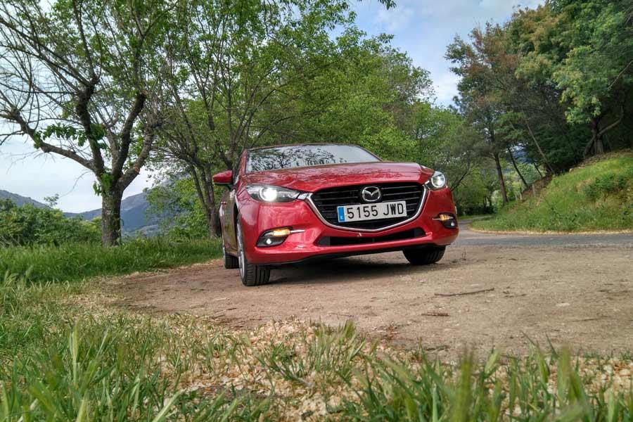 Mazda3 5p Skyactiv-G 2.0 Luxury Premium, a prueba un compacto muy especial