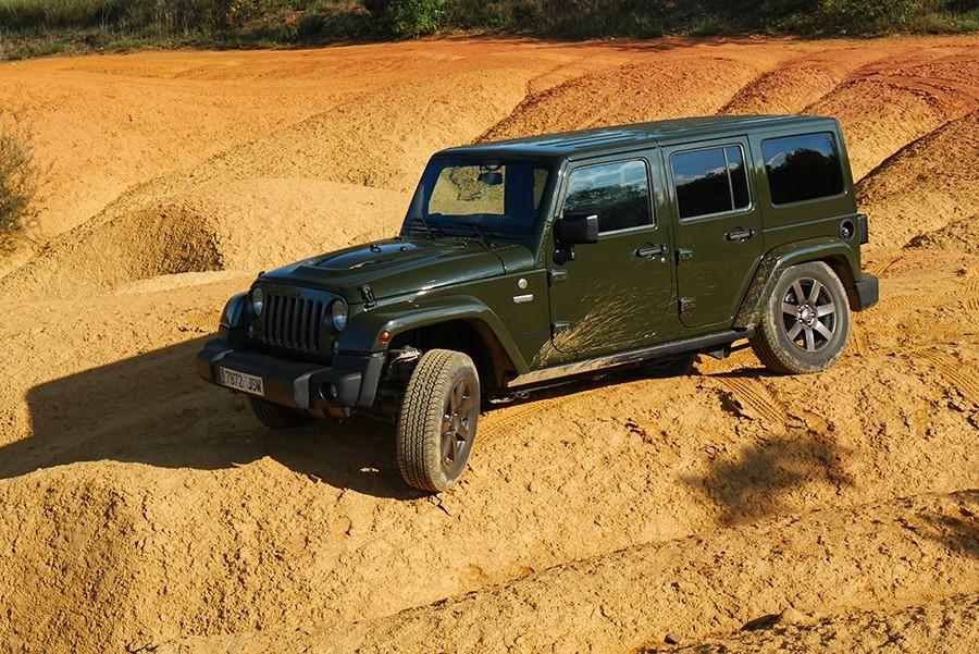 Jeep Wrangler Unlimited 75 aniversario: un clásico a prueba