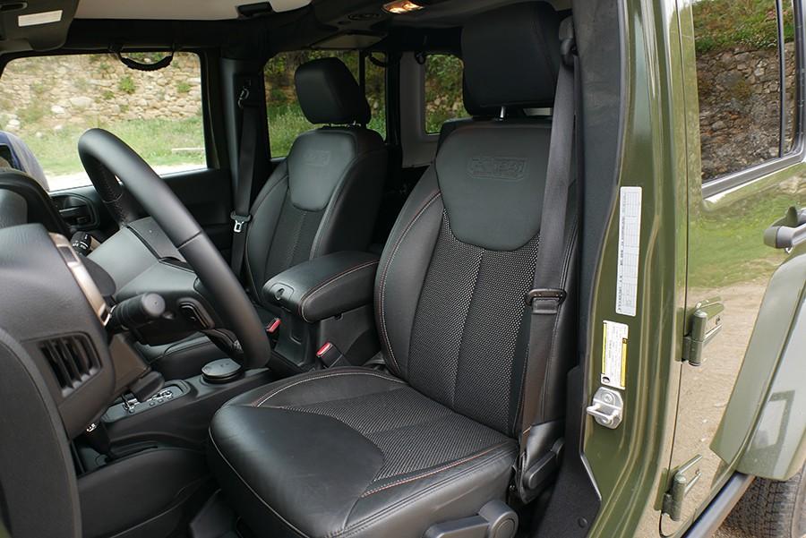Los asientos delanteros son cómodos.