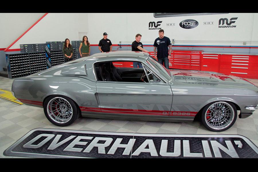Ford Mustang en Overhaulin'.