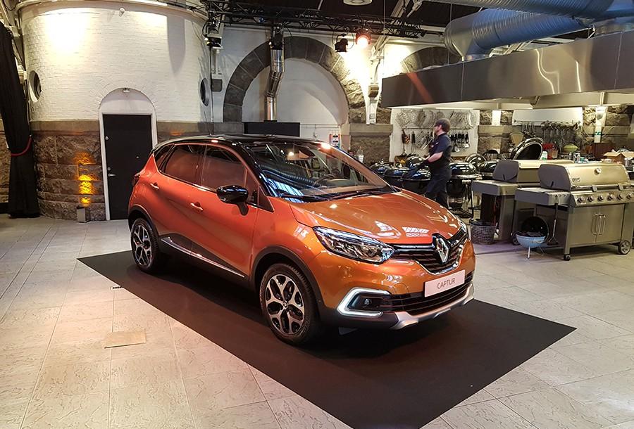 Los cambios estéticos son pocos pero acertados y hacen que el Captur se vea más moderno y más Renault.