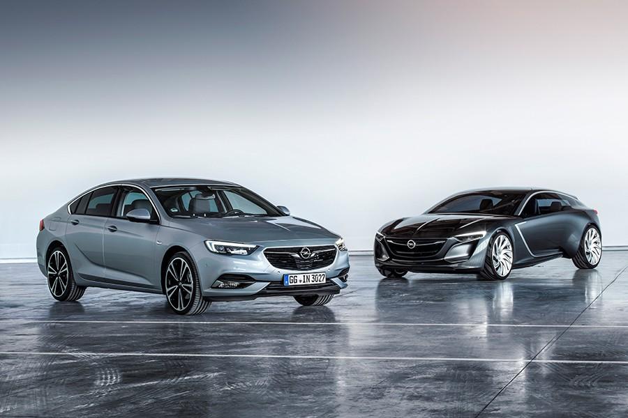 El nuevo Insignia toma elementos de diseño del Concept Monza presentado en 2015.