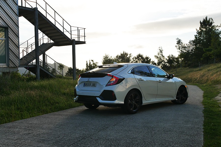 Los consumos del Honda Civic 1.0 turbo son muy ajustados.