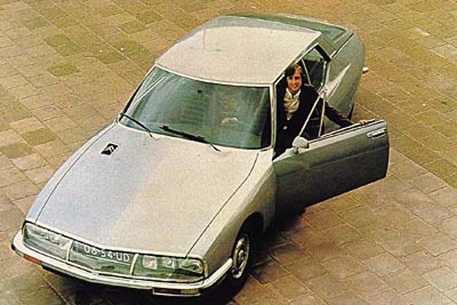 El barcelonista Johann Cruyff, uno de los mejores futbolistas de la historia, fue dueño de un Citroën SM.