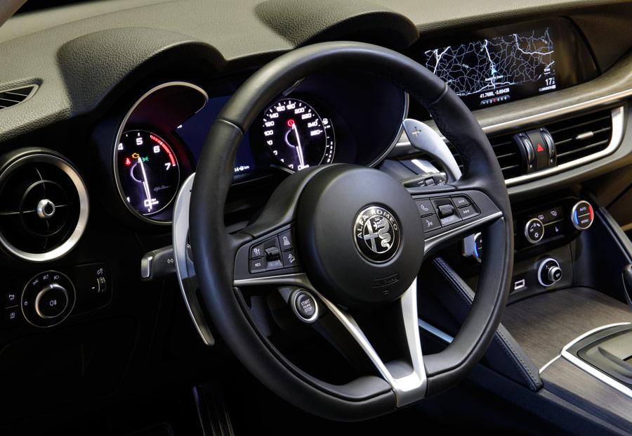 La dirección es uno de los elementos más agradables del coche.