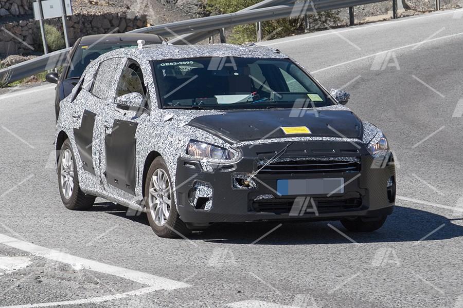 Fotos y vídeo espía del nuevo Ford Focus 2018