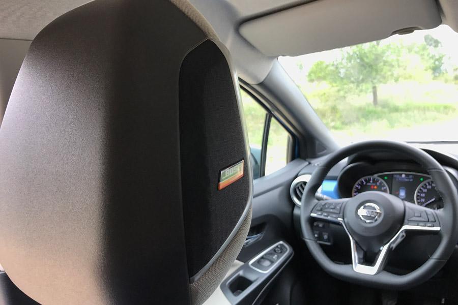 El reposacabezas del conductor en la versión Tekna cuenta con un altavoz individual firmado por Bose.