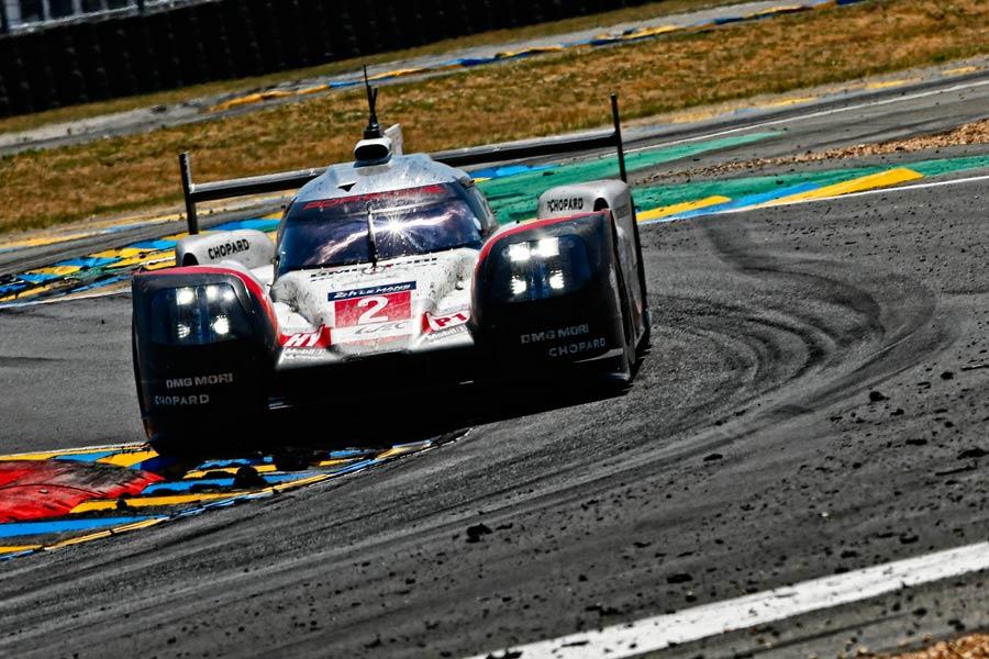 Le Mans y Porsche han escrito historia juntos 19 veces ya. Sin duda, una de las pruebas más respetadas, legendarias y alucinantes que se celebran en la actualidad.