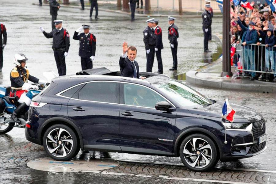 Macron y el DS7 Crossback en su primer acto público como presidente de Francia.