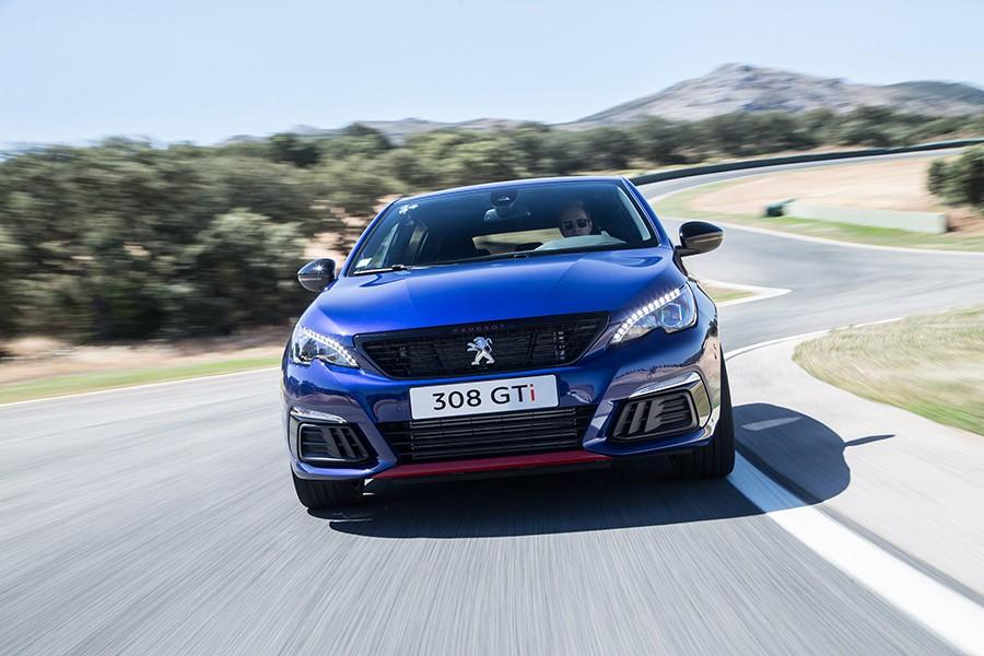 Nuevo Peugeot 308 GTi, ligera actualización del león más fiero