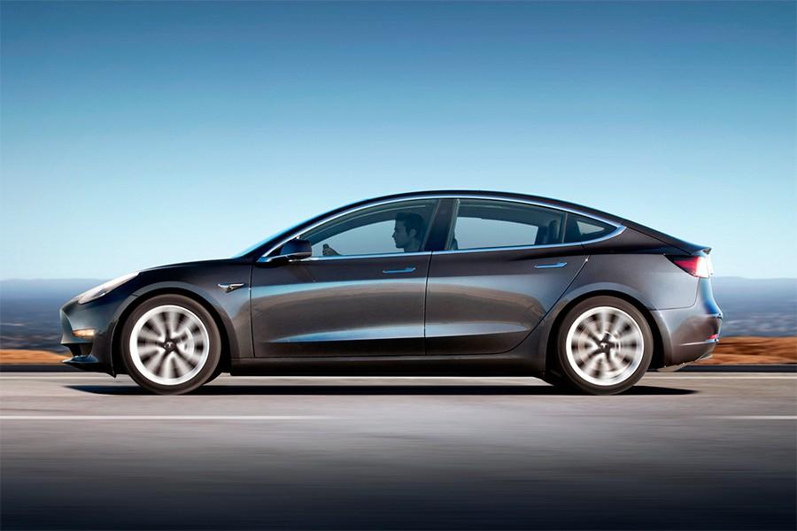 Hay dos versiones del Tesla Model 3 en función de la autonomía de sus baterías.