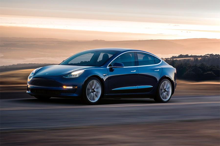 Tesla es una marca atípica, con un modo de vender y hacer las cosas completamente diferente.