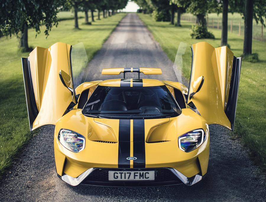 Posavasos y sensores para crear el Ford GT, deportivo de carretera