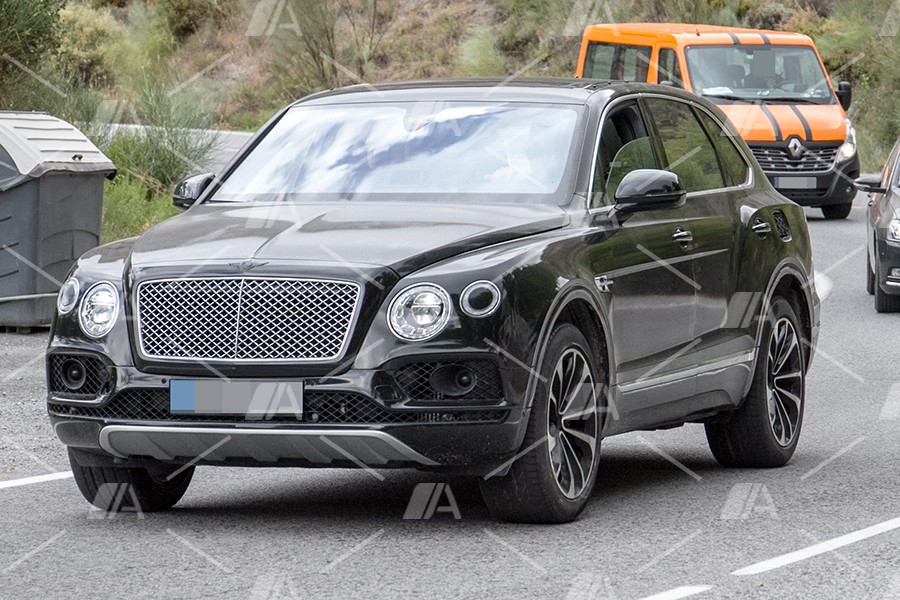 Fotos y vídeo espía del Bentley Bentayga PHEV