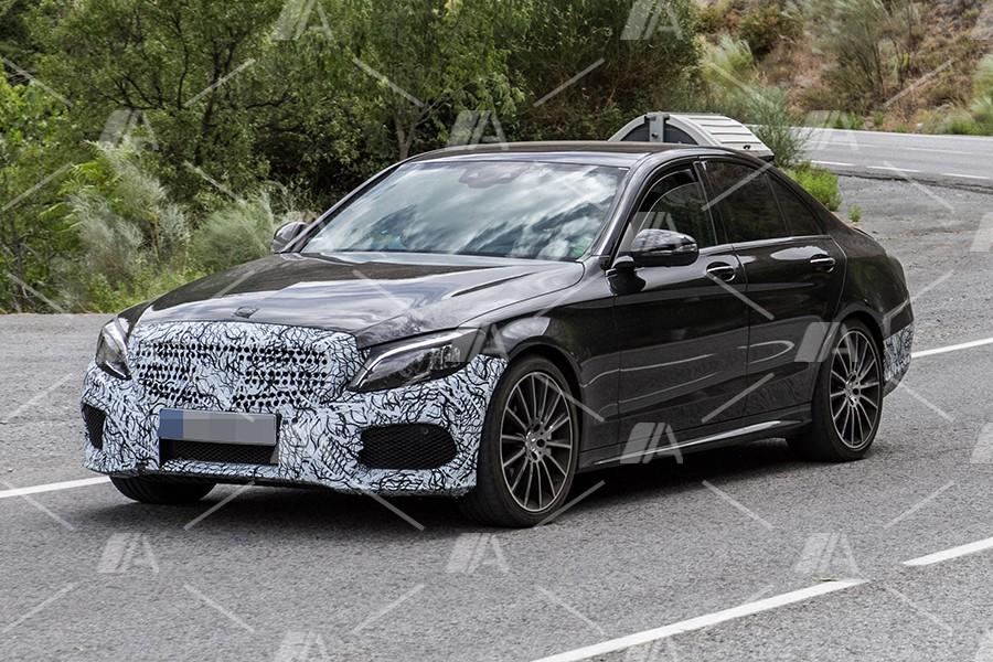 Fotos espía del renovado Mercedes Clase C 2018
