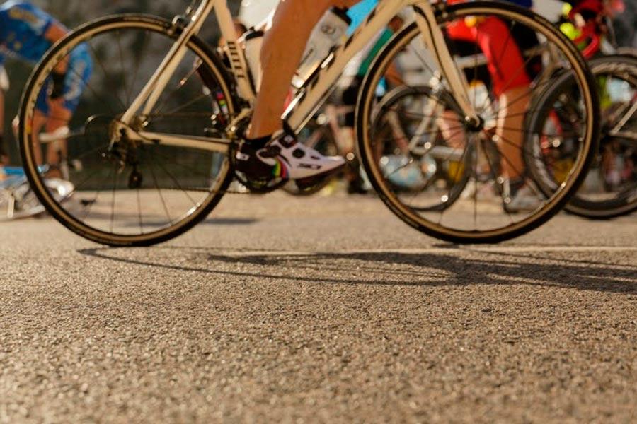 Consejos para la seguridad entre conductores y ciclistas en las carreteras