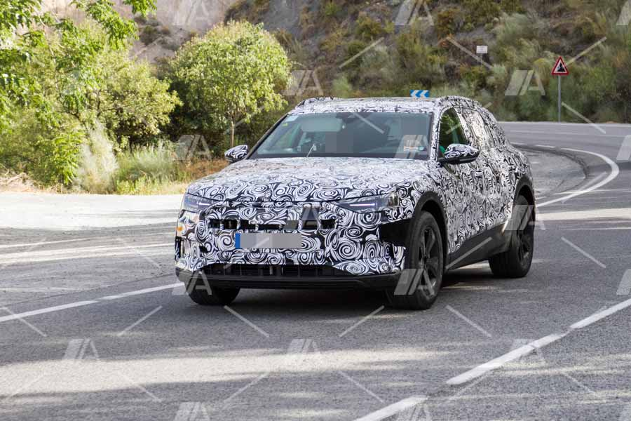 Fotos espía del Audi e-Tron Quattro 2018