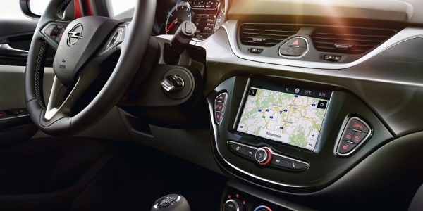 Opel incorpora IntelliLink 4.0 a los más pequeños de su gama
