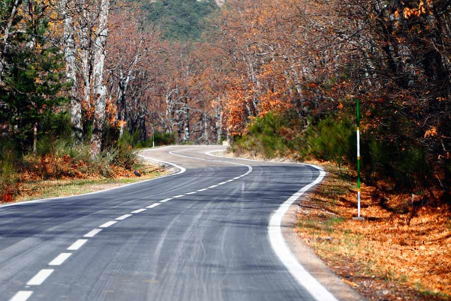 El Gobierno lanza un plan de carreteras con inversión privada