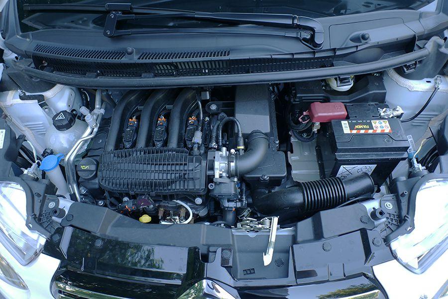 El motor de 3 cilindros tiene un funcionamiento agradable.