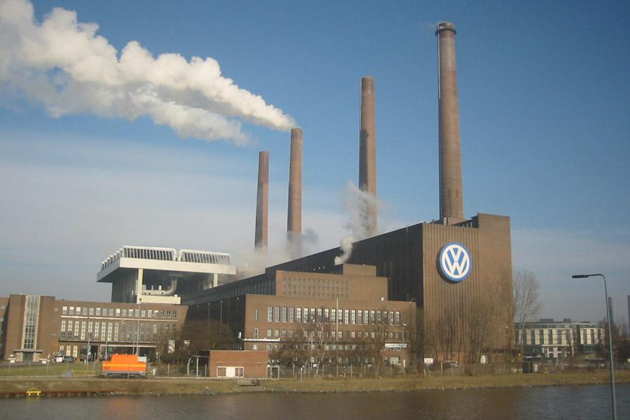 Un juez obliga a VW a indemnizar a un español por el dieselgate