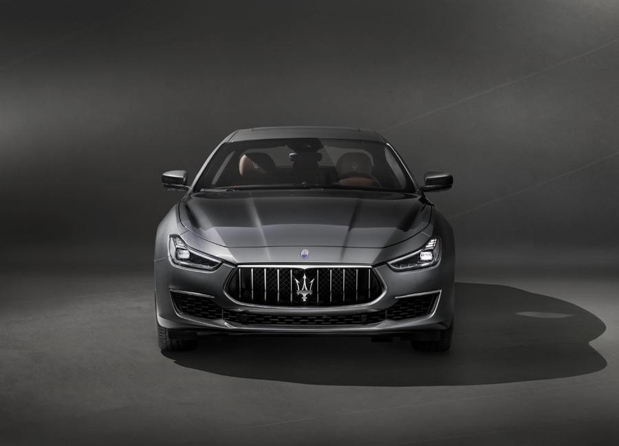 Maserati Ghibli GranLusso, actualiza la imagen de la berlina de acceso a la firma italiana.