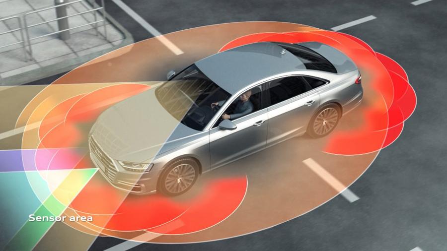 Cómo funciona el asistente AI de atascos en el nuevo Audi A8