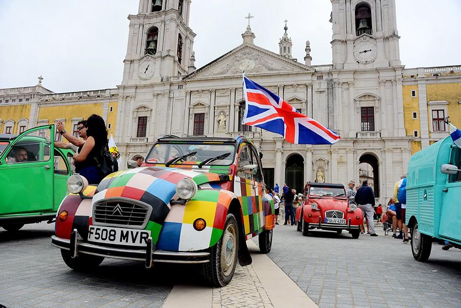 El Citroën 2CV se ha ganado el corazón de millones de personas.