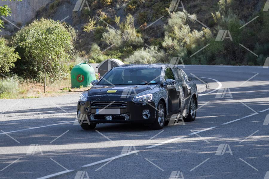 Fotos espía del Ford Focus Sedán y Sportwagon 2018