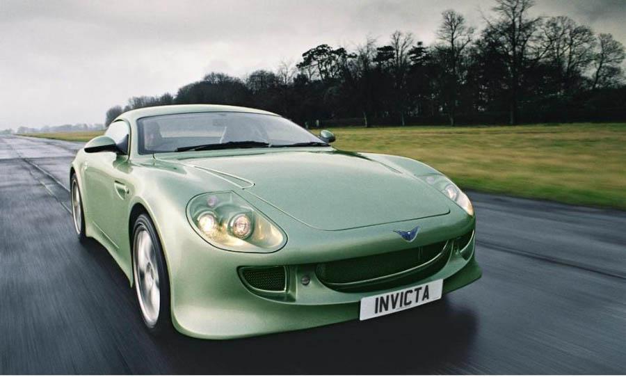 El Invicta S1 equipaba motores Ford capaces de lanzarlo a más de 320 km/h.