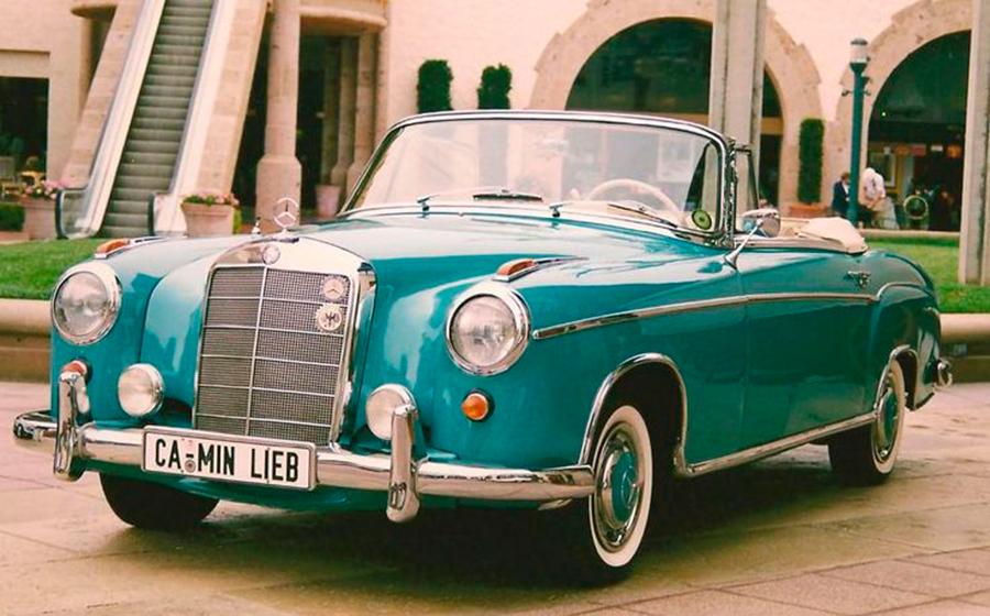 Este Mercedes 220 S cabrio perteneció a Marilyn Monroe.