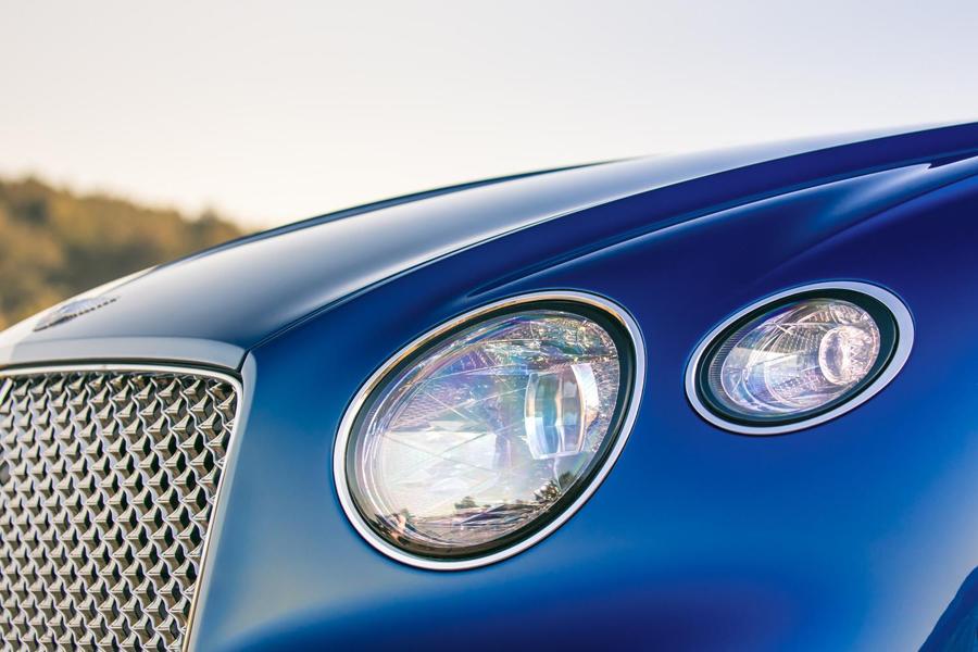 """Tratamiento """"efecto cristal cortado"""" para los faros del Bentley Continental GT."""