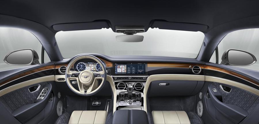 El Bentley Continental GT de tercera generación incorpora una pantalla táctil de 12,3 pulgadas en su salpicadero.