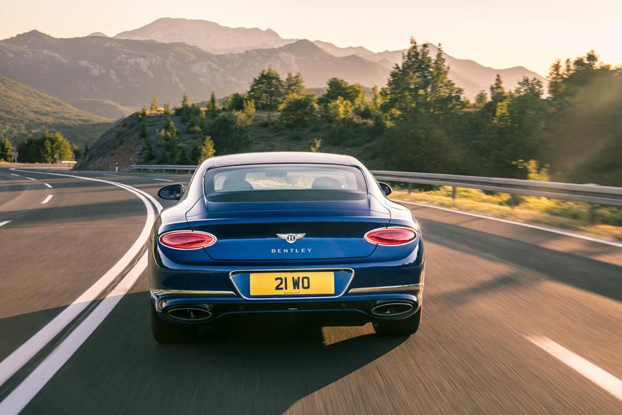 La zaga del nuevo Bentley Continental GT transmite robustez y dinamismo.