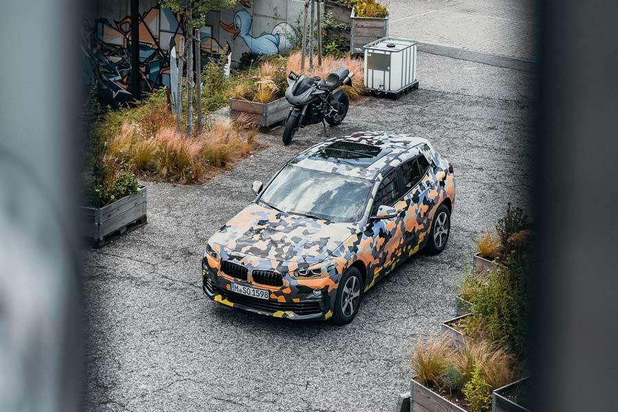 El nuevo BMW X2 sale a tomar el aire (vestido aún de camuflaje)