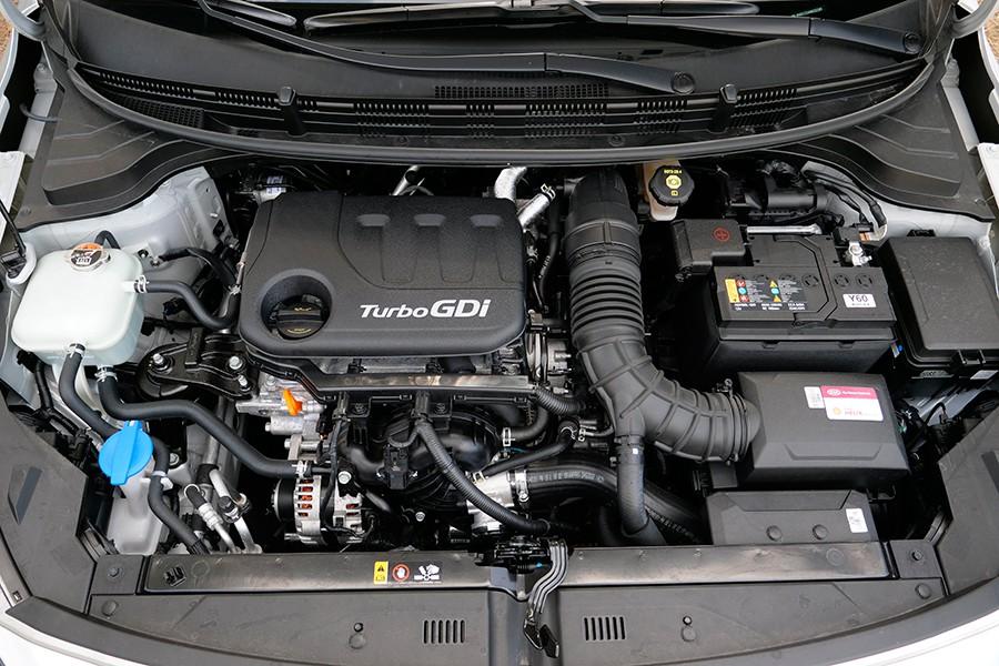 El rendimiento es bueno y su suavidad aceptable para un 3 cilindros.