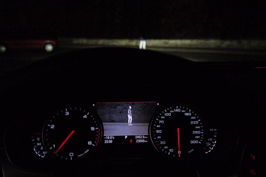 Qué sistemas del coche mejoran la conducción nocturna