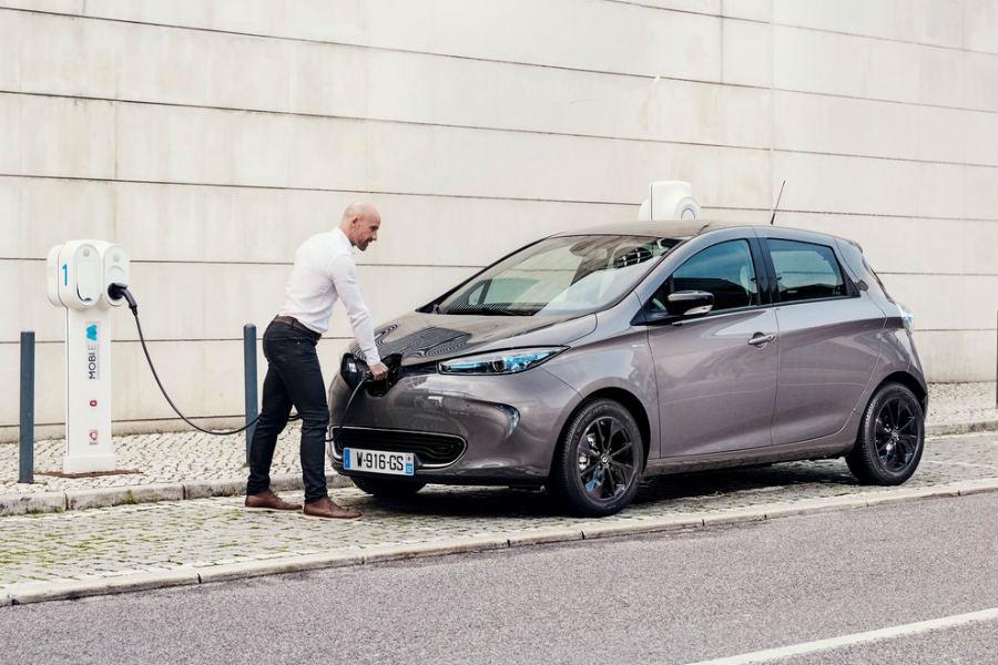 Cuáles son los coches eléctricos más vendidos y quién los compra