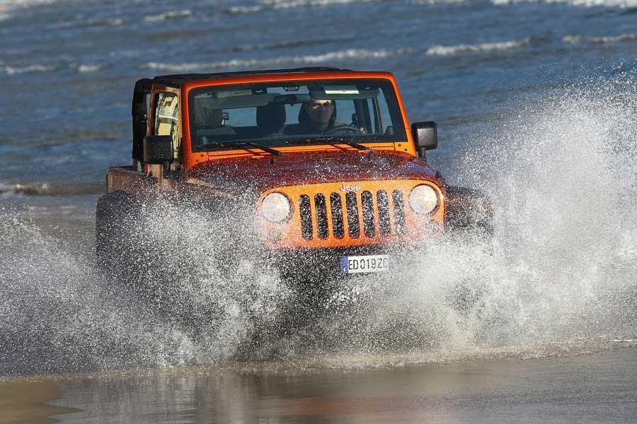 5 coches con los que sólo querrás ir a al playa